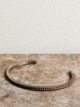 Gild Two stages micro studs bangle