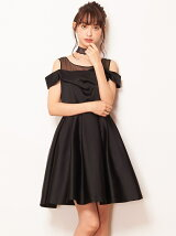 オフショルデザインドレス
