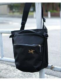 BEAMS MEN ARC'TERYX /Arro8 Shoulder bag ビームス メン バッグ リュック/バックパック ブラック【送料無料】