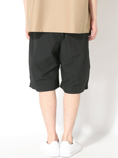 UDA NYLON SIDE TUCK SHORT