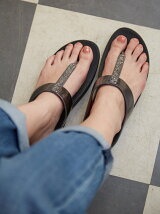 (W)FINO CRYSTAL TOE-THONG SANDALS