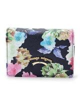 ロゴプレート付き折り畳み財布