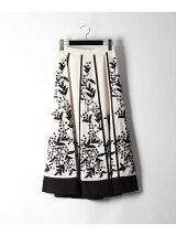 エスニック刺繍スカート