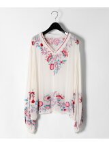 刺繍バルーン袖トップ