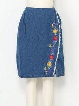ラップふう刺繍スカート