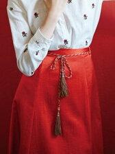 ベルト付きサテンスカート