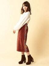 モールヤーン刺繍スカート