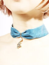 fly coelacanth choker