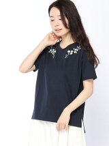 Vネックボタニカル刺繍Tシャツ