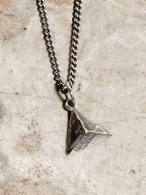IDEALITE:CUT COIN STUD NECKLACE:イデアライト カットコイン スタッズネックレス