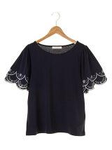 袖刺繍スカラップカットプルオーバー