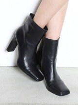 SQUARE LINE BOOTS