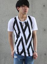 幾何風BTロゴプリントTシャツ