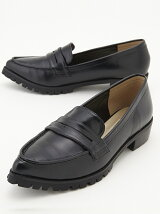 POINTED LOAFER