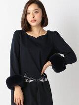裾刺繍袖ファーカットソー