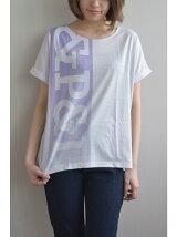 縦ロゴ袖ロールアップTシャツ