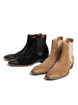 *Robert boots