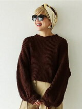 Voluminous Sleeve Knit