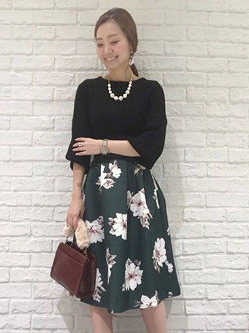 【andGIRLコラボ】ボリューム袖ニット×大花柄スカート SET