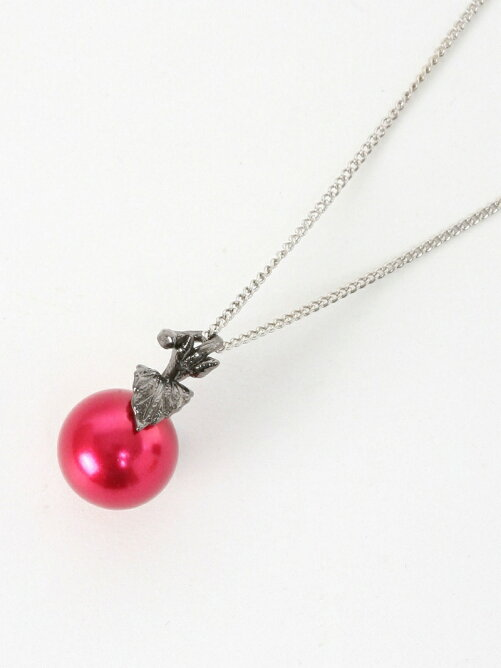 *apple necklace