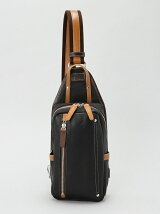 (M)オティアス/シュリンクレザーオイル仕上げタテ型ボディバック