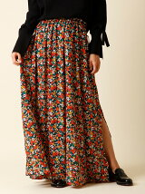 カモフラージュフラワーロゴスカート