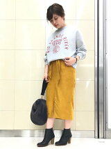 スエードベルテッドイージータイトスカート