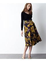 ビッグフラワーサテンスカート