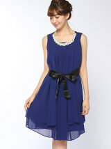 ベルト付きドレス