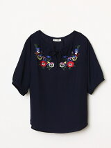 スミレアネモネ刺繍スキッパーブラウス