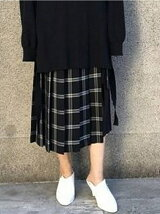 CHECK PLEATED WRAP SKIRT