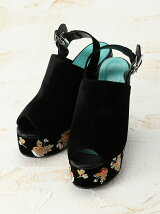 EMBROIDERY FLORAL SANDAL