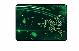 【送料無料】 Razer ゲーミング マウスパッド Mサイズ RZ02-01910200-R3M1レイザー クロス Goliathus Cosmic Medium Speed