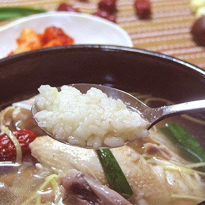 コラーゲンたっぷり参鶏湯サムゲタン