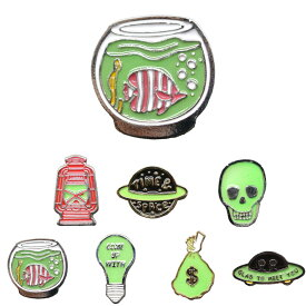 GLOW IN THE DARK PINS 暗闇で光る 蓄光 ピンバッジ グローピンズ ラペルピン バッジ ピンズ