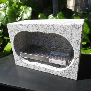 墓石 コンパクト 線香を寝かせる 横型 小さい 軽い 香炉 線香立て ミニ 御影石 線香皿付き ステンレス線香皿&家名シール付 24×12×高16.5cm 7.8kg
