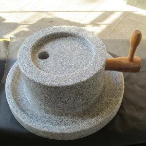 石臼 (いしうす) ひき臼 (ひきうす)御影石 30型 約45kg 送料無料(沖縄県、離島は除く)