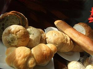 天然酵母食パン・バケット・カンパーニュ&菓子パン3種【Aセット】