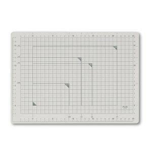 プラス(PLUS)カッターマット カッティングマット A4 ライトグレー CS-A4 48570