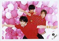 【中古】生写真(ジャニーズ)/アイドル/ジャニーズJr. ジャニーズ/生田・山下・風間/横型・赤シャツ・ピンク風船・両腕広げ/公式生写真【タイムセール】