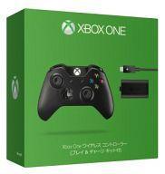 【中古】Xbox Oneハード ワイヤレスコントローラー プレイ&チャージキット付 ブラック
