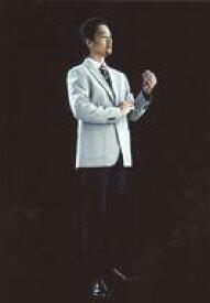 【中古】生写真(男性)/シンガーソングライター GOH IRIS WATANABE(Z)/全身・衣装グレー・右手腕・左手曲げ・目線右・背景黒・キャラクターショット/Acrobat Stage「Infini-T Force」トレーディングブロマイド