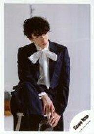 【中古】生写真(ジャニーズ)/アイドル/Snow Man Snow Man/宮舘涼太/膝上/シングル「KISSIN' MY LIPS/Stories」MV/公式生写真