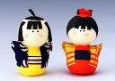 手づくり民芸 和柄 和紙人形 起き上がり童人形 起き上がりこぼし 日本製です。 ○お品を男の子、又は、女の子からご選択ください。 ○本品の色・柄は当店にお任せ頂...