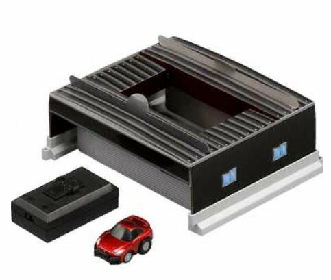 楽しく遊べるおもちゃ・玩具 乗用車コレクション カーコレクション Q-eyes コースガレージセット NISSAN GT-R 〈趣味・コレクション玩具 大人・子供向け 自動車模型 ミニカー チョロキュー NISSAN 日産自動車 通販〉