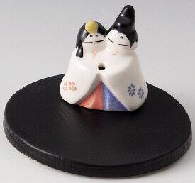 癒しの空間を演出! 陶器製 季節のお香立て 3月、弥生の香炉 桃の節句 お内裏様とおひな様 台付きです。 雛人形 〈和の置物・インテリア アート 四季のお香たて ひなにんぎょう ひな人形 贈り物・プレゼントにも人気です! 通販〉