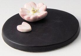 癒しの空間を演出! 陶器製 季節のお香立て 4月、卯月の香炉 桜・さくら 台付きです。 〈和の置物・インテリア アート 四季のお香たて 贈り物・プレゼントにも人気です! 通販〉