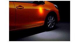 『アクア』 純正 NHP10 ウェルカムライト 運転席 パーツ トヨタ純正部品 イルミネーション 明かり 照明 aqua オプション アクセサリー 用品