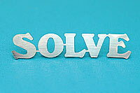 スズキジムニー 汎用ステンレスエンブレム「SOLVE」【タニグチ製】定価¥1,600(税別)