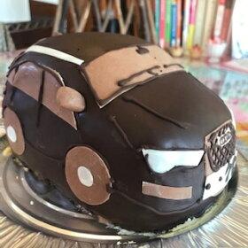 チョコ仕上げ3D乗り物立体型ケーキ車5号ギフト福袋バレンタインホワイトデー誕生日バースデーケーキケーキパーティサプライズキャラクターケーキ動物デコレーションケーキ還暦お祝い結婚記念日ウェディング